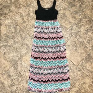 LILY ROSE BLACK WITH CHEVRON MAXI DRESS